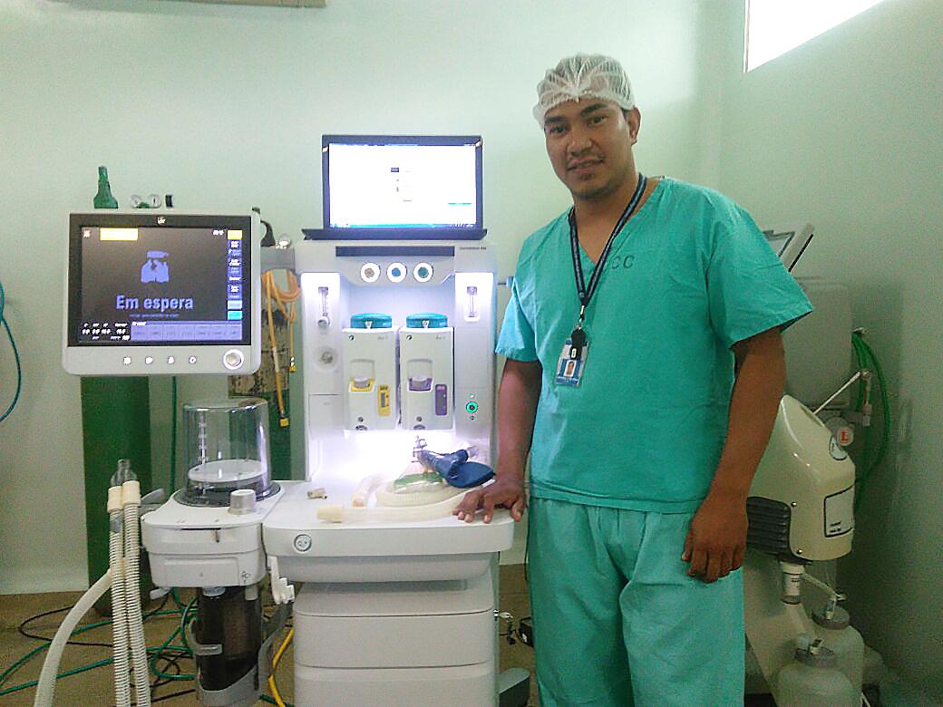 Entrega de aparelho de anestesia Hospital do Exército - UF - PA